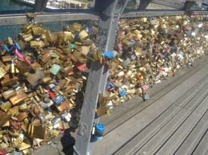 love locks solferino paris